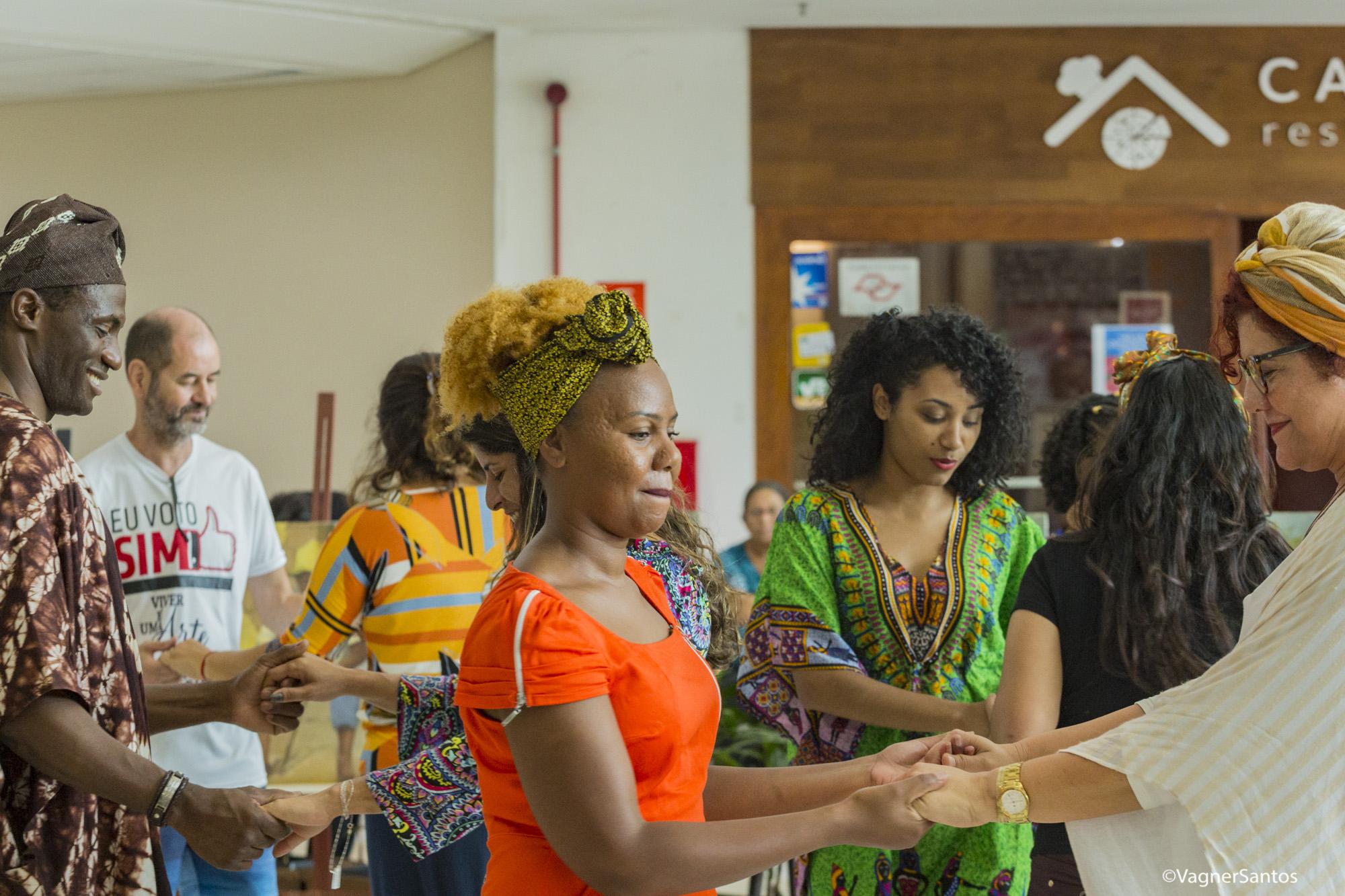 Apresentações culturais, rodas de conversa e de samba e palestra deram o tom ao Dia da Consciência Negra