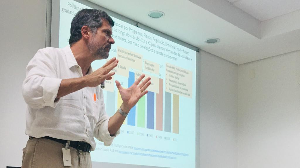 Servidores da SDS participam de curso na Fundação Carlos Chagas