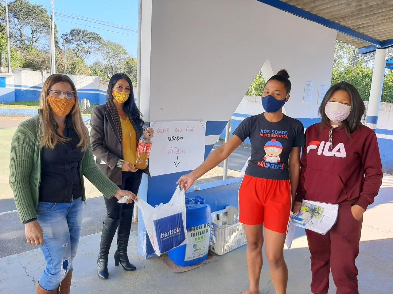 Mesmo com a pandemia, Campanha de Coleta de Óleo aconteceu em diversas escolas. Todas foram certificadas