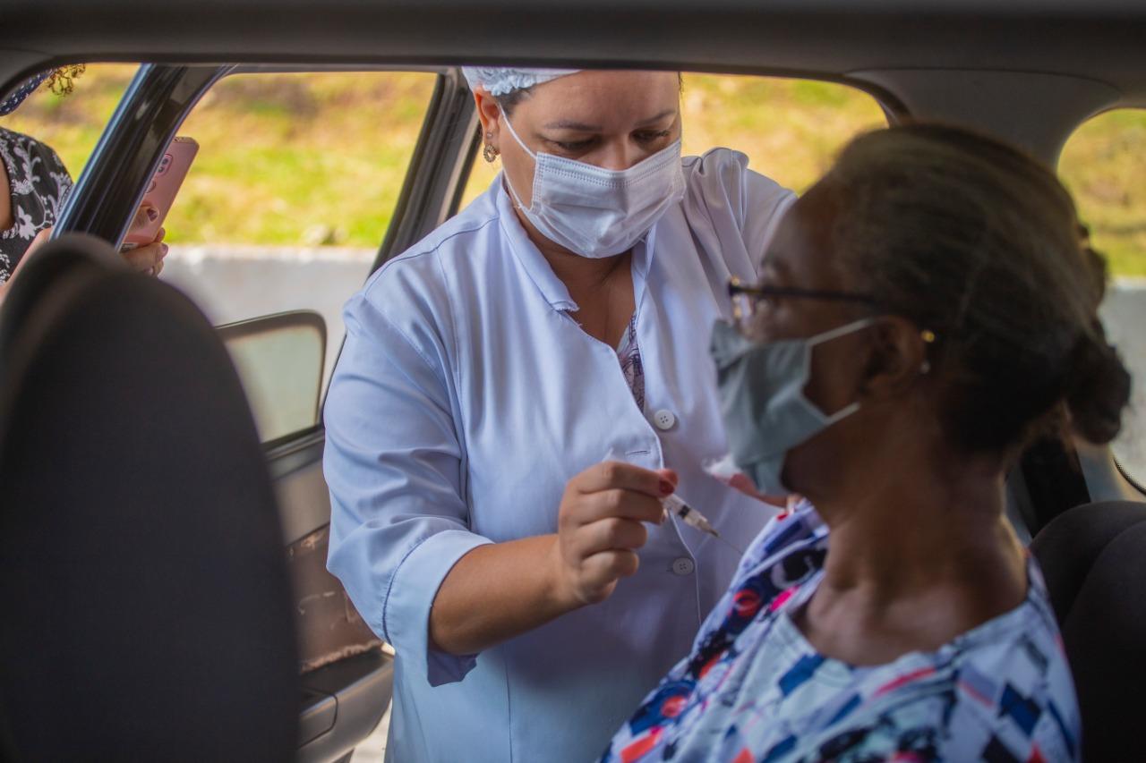 Vacinação contra Covid-19, nos dias 8 e 9/04, vai atender idosos 66+