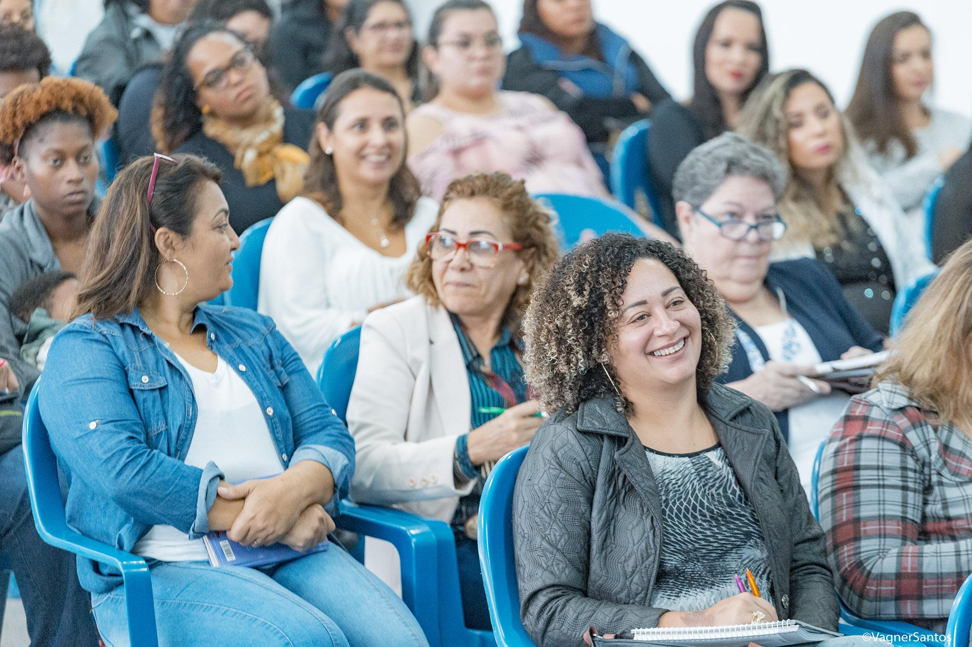Mês da Mulher tem programação especial com palestras, reuniões socioeducativas, roda de conversa e caminhadas