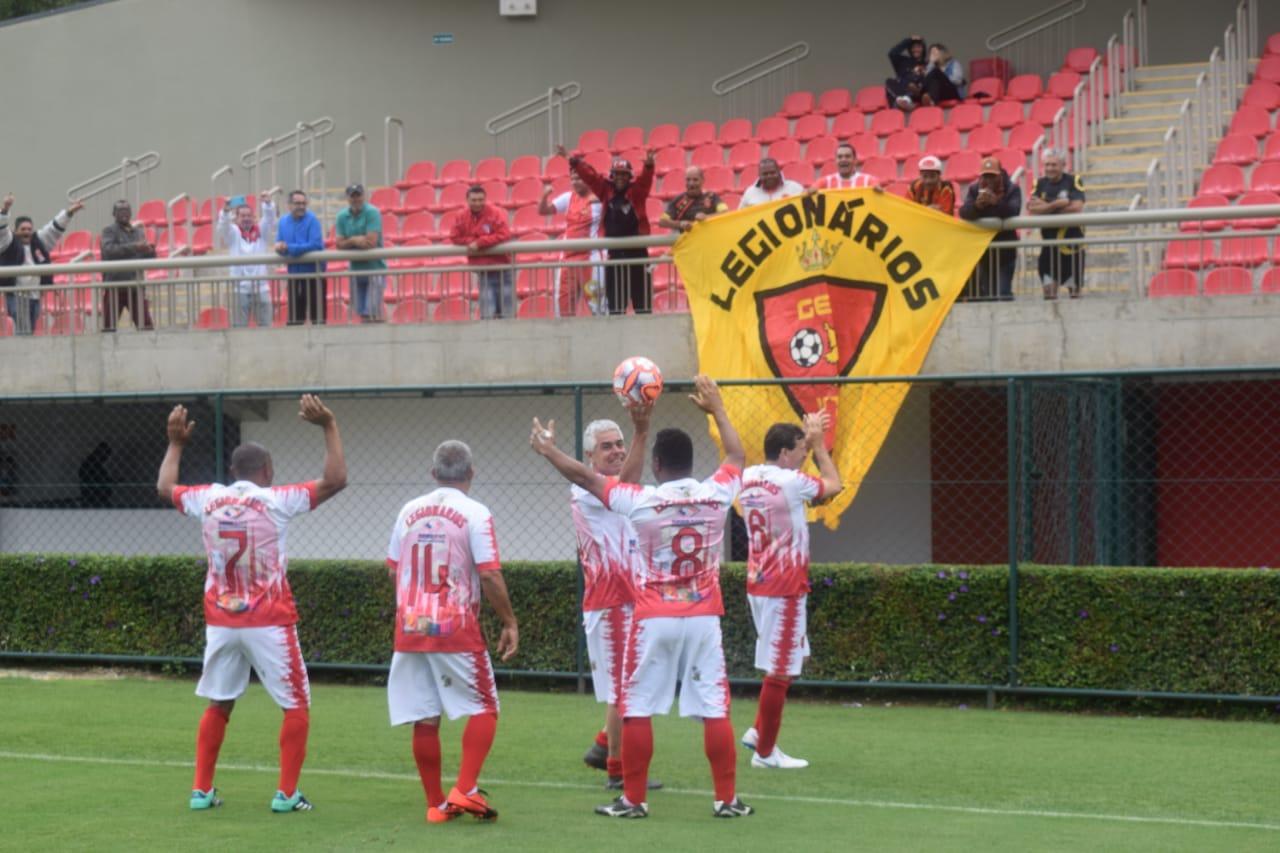 Legionários vence o Sabiá e fica com o título do Campeonato Super Master de Futebol
